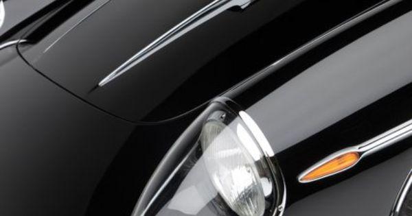 Black/ Car