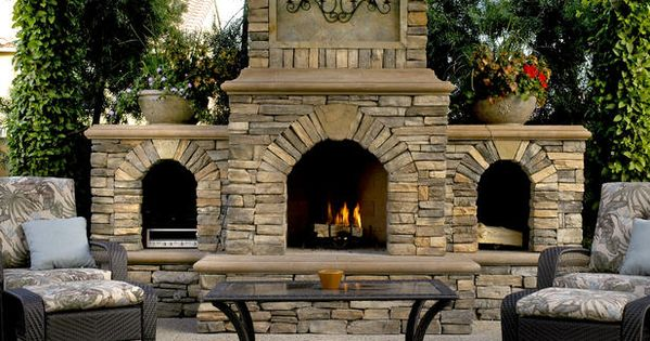 Outdoor Fireplace and Firepit ideas.