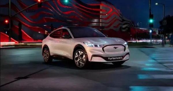 فورد موستنج Mach E 2021 الرياضية الكهربائية رباعية الدفع سعر ومواصفات Ford Mustang Car Ford Capri