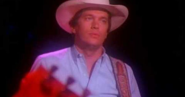George Strait The Chair This Song Hits Me Straight In The Heart