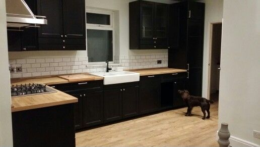 New ikea laxarby kitchen with mini metro tiles for Cuisine laxarby