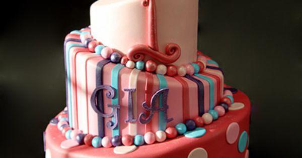 Topsy turvy fondant cake