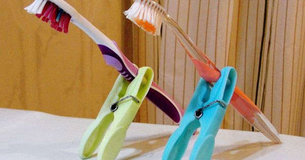 Easy travel idea to keep toothbrush off counter yet allow to dry