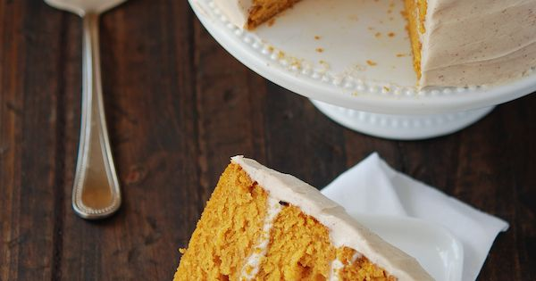 A pumpkin cake will need to happen this fall. Pumpkin Dream Cake