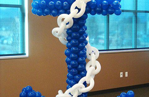Balloon anchor decoration ahoy nautical party ideas for Anchor balloon decoration
