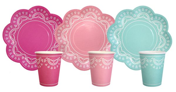 Lace paper cups and plates! http://shoptomkat.com/