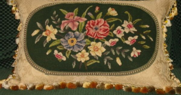 Victorian Tapestry Pillows : VINTAGE VICTORIAN FLORAL NEEDLEPOINT PILLOW Needlepoint Love Pinterest Needlepoint pillows ...