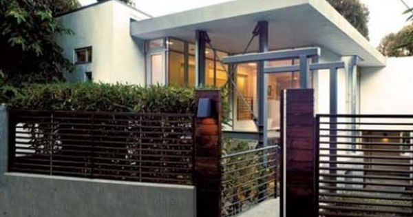 Fachada de casa con reja vivienda moderna con rejas - Rejas de seguridad ...