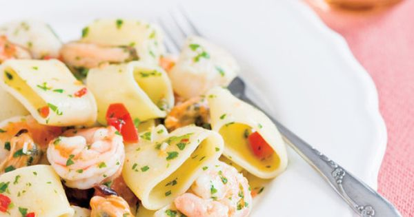 P tes italiennes aux fruits de mer mezzi paccheri ai frutti di mare recettes ricardo p tes - Pates aux fruits de mer recette italienne ...