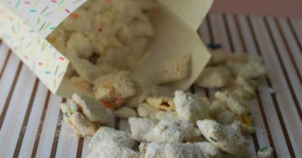 Birthday Cake Puppy Chow ~ great for a kid's birthday party snack