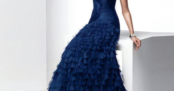 Robe de soirée de grandes marques à louer à loccasion dun mariage ...