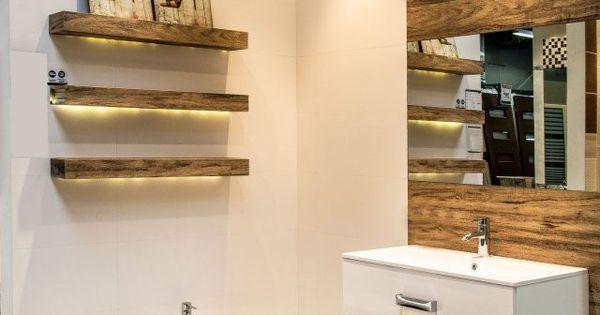 badideen fliesen holzoptik regale led streifen einbauleuchten decke badezimmer pinterest. Black Bedroom Furniture Sets. Home Design Ideas