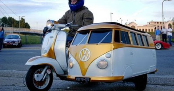 VWBus Scooter and Sidecar