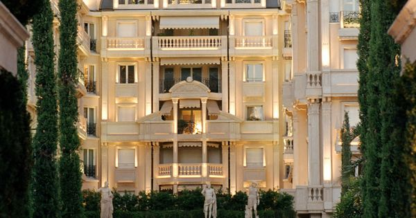 The Hotel Metropole in Monte-Carlo Has Unique Services for Thrill Seekers...