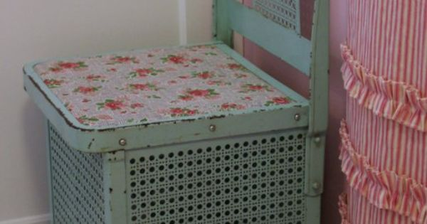 Vintage Metal Laundry Hamper. Original Paint.