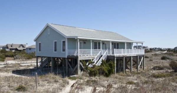 Blue Pearl This Is Truly A Rare Gem On Bald Head Island Resting Undisturbed On A Prime Stretch Of Coastl Bald Head Island Rentals Bald Head Island Blue Pearl