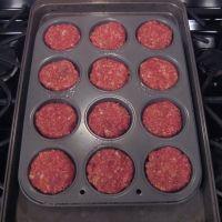 Meatloaf In A Muffin Tin Recipe Muffin Tin Recipes Recipes Meatloaf Muffins