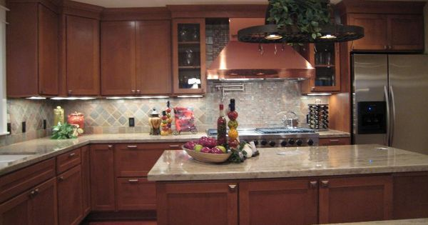Lovely timeless kitchen design with gorgeous cabinets and for Classic timeless kitchen designs