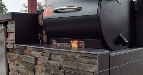 Outdoor Kitchen Pellet Grilling With A Traeger Custom