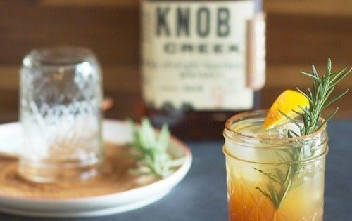 Bourbon Apple Cider | 21 Boozy Cider Drinks To Try This Fall