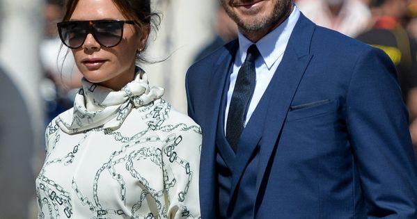 Victoria Beckham Explica Por Qué Llevó Unos Tacones Fucsias A La Boda De Sergio Ramos Y Pilar Rubio Victoria Beckham Fucsia Pilar Rubio