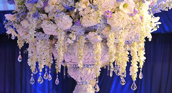 Preston Bailey Designs, Cascading Reception Centerpiece. This would be absolutely beautiful for
