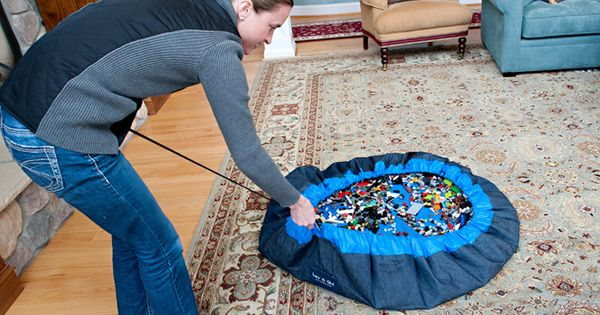 "Lego mat that cinches up to a bag. Otherwise known as ""the"