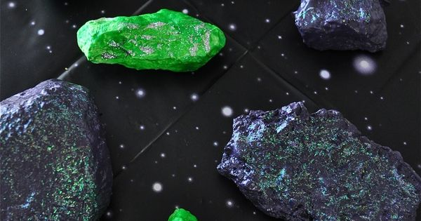 How to make space rocks for the space rock hunt. I love
