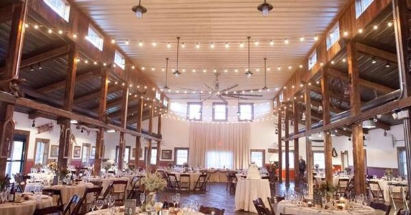 Kuipers family farm weddings get prices for chicago for Wedding venues chicago south suburbs