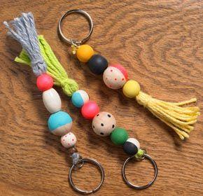 Face art wooden bohemian pencil shaped key car chain key rings