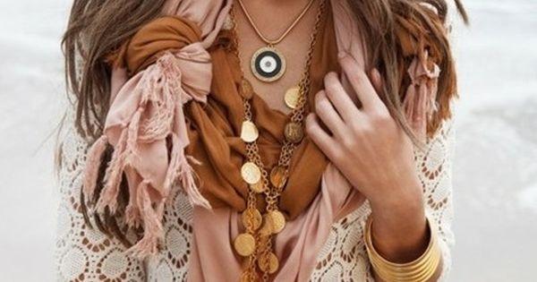 color combo. cream+blush+bronze. .. Plus I love the tied scarf