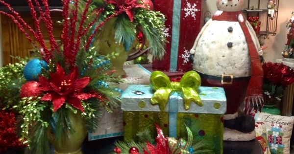 Red and green christmas decorations pinterest eki riandra for Red and green christmas decorations