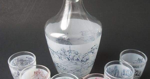 carafe and shot glasses liqueur service decanter set. Black Bedroom Furniture Sets. Home Design Ideas