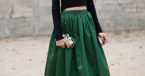 Street Style - Paris Fashion Week Street Style - Harper's BAZAAR emerald