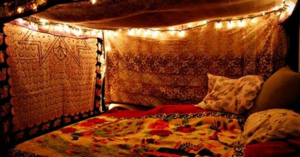 Found On Tumblr Super Cute Way To Make Your Bed So Cozy