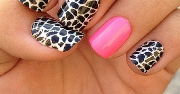 Hot Pink Accent Nail