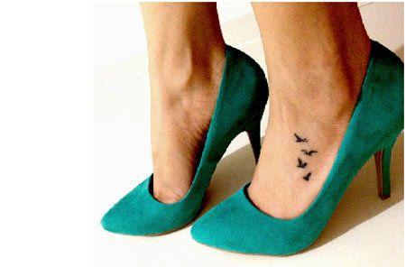 I Love These Birds On The Foot Birdtattoo Foottattoo Cute Foot Tattoos Foot Tattoos Small Foot Tattoos
