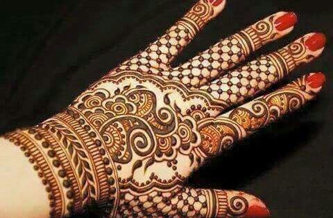 Red Henna Mehndi : Henna or mehndi designs on hand red manicure