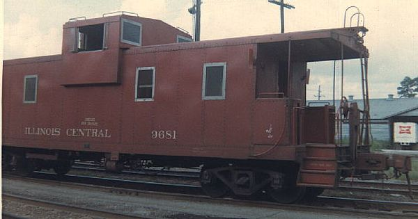 an old illinois central caboose i miss seeing cabooses at the end of trains memories pinterest. Black Bedroom Furniture Sets. Home Design Ideas