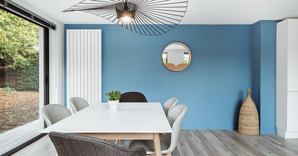salle manger nordique avec suspension contemporaine vertigo boconcept around the world. Black Bedroom Furniture Sets. Home Design Ideas