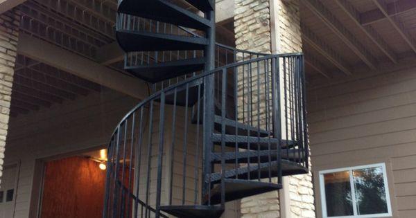 Moderne Stahltreppen außen - eine gute Idee? - Architektur