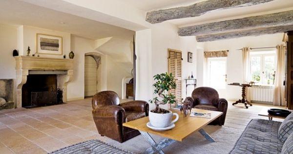 pierre de bourgogne enduit la chaux poutres c rus es d co pinterest salons. Black Bedroom Furniture Sets. Home Design Ideas