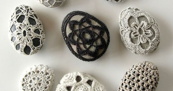 Crochet stones by Hedgehog Fibres DIY CRAFT handmade reclaimingcraft crochet