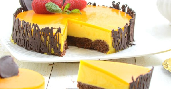 Mango Mousse Cake [don't know about the cake part, but good reference