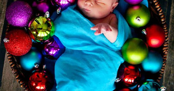 Babys first Christmas / professional photography / photography ideas / babys photo