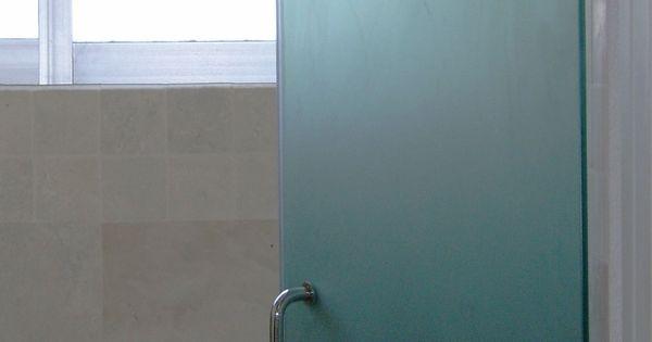Puerta abatible para ba o templado 9mm esmerilada con - Cenefas para espejos ...