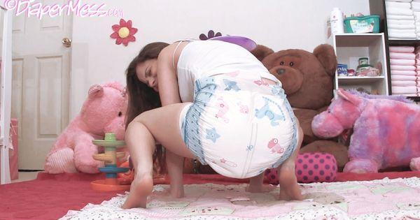 Sexy messy diapers에 있는 Osmund Vik님의 핀 | Pinterest