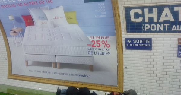 dans le m tro parisien paris pinterest le metro et. Black Bedroom Furniture Sets. Home Design Ideas