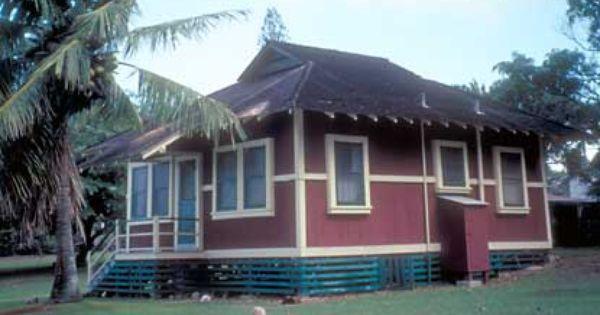 An Old Hawaiian Plantation Style Home In Kalaupapa Modest