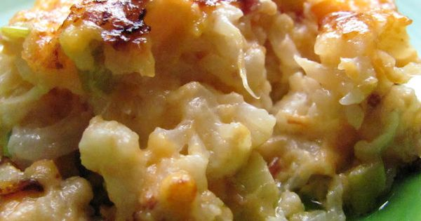 Loaded Cauliflower Casserole--Its like macaroni and cheese but with cauliflower instead. Low